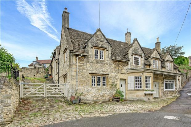 For sale: Top 10 conversions from pubs to post offices