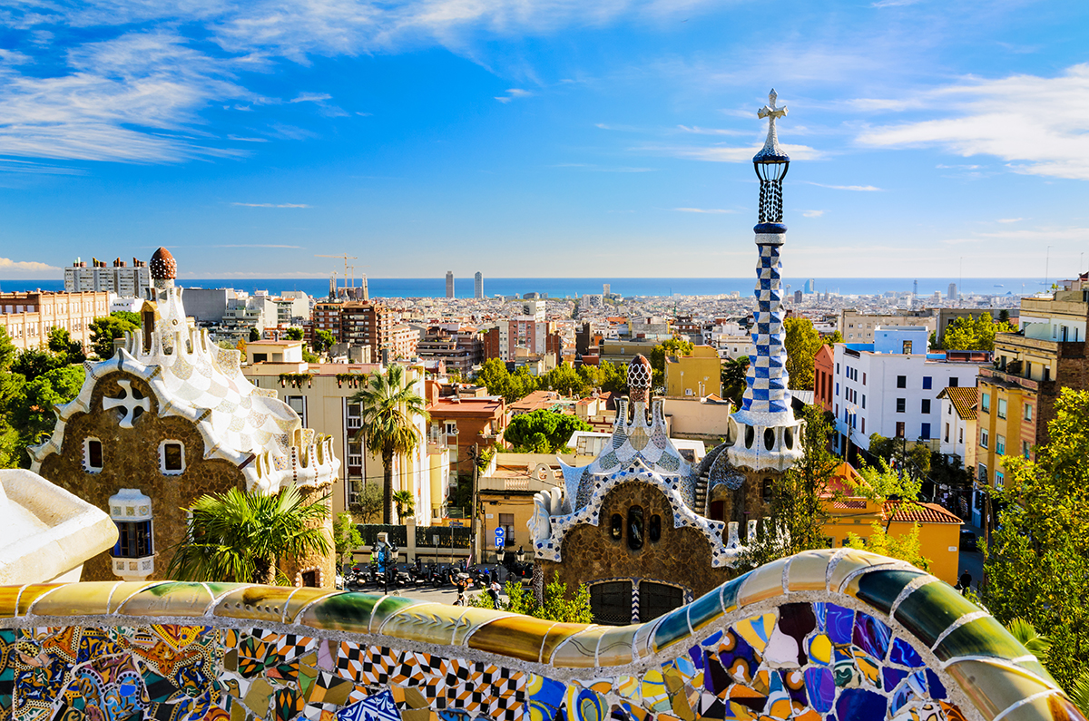 A guide to Barcelona: What to see, do and where to buy?