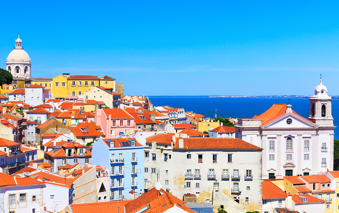 A guide to Lisbon and Cascais: what to see, do , and where to buy