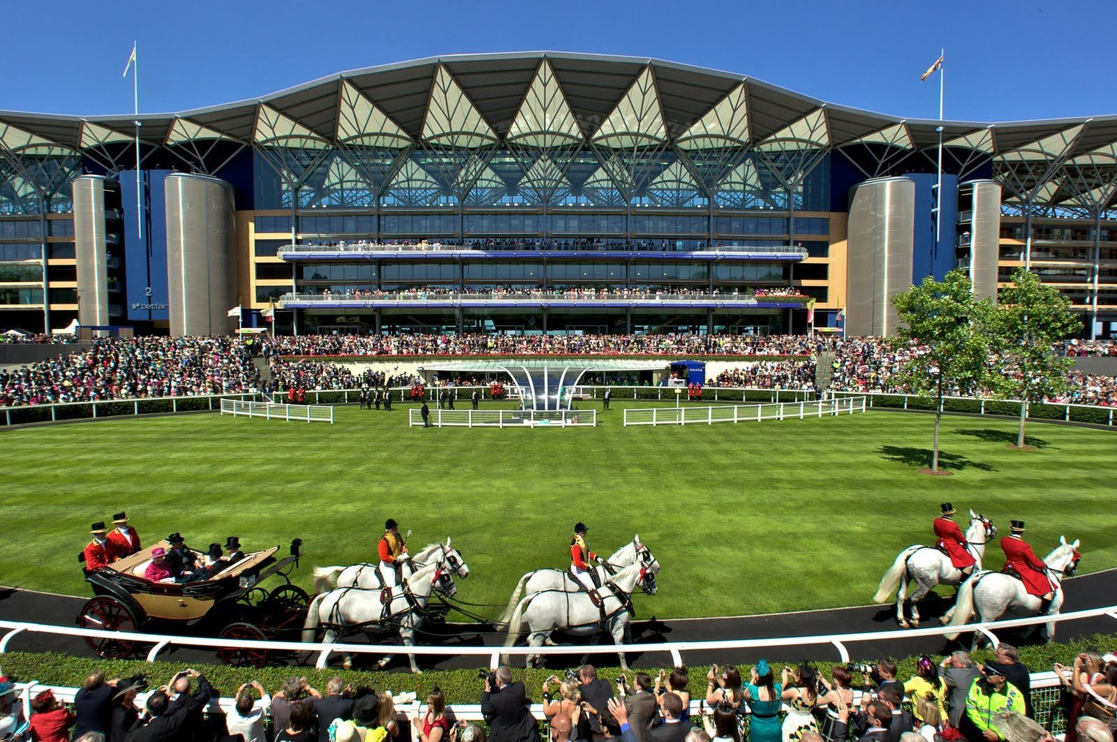 Win two tickets to the first day of the Royal Ascot 2017 in the Queen Anne enclosure