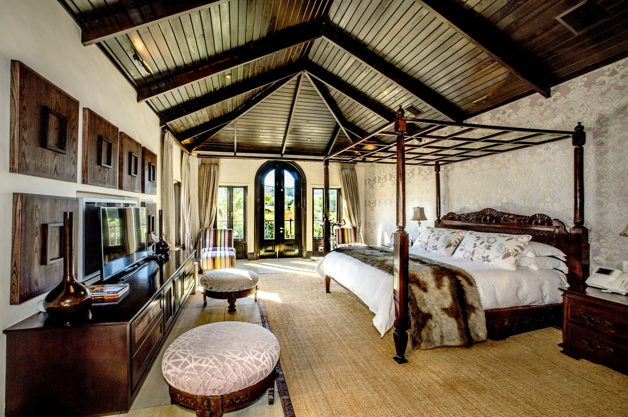 World's best bedrooms with a view