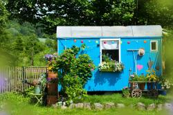 How to create the perfect she-shed garden retreat, according to top interior designers
