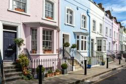 What Parts of Your Neighbourhood Boost the Value of Your Home?