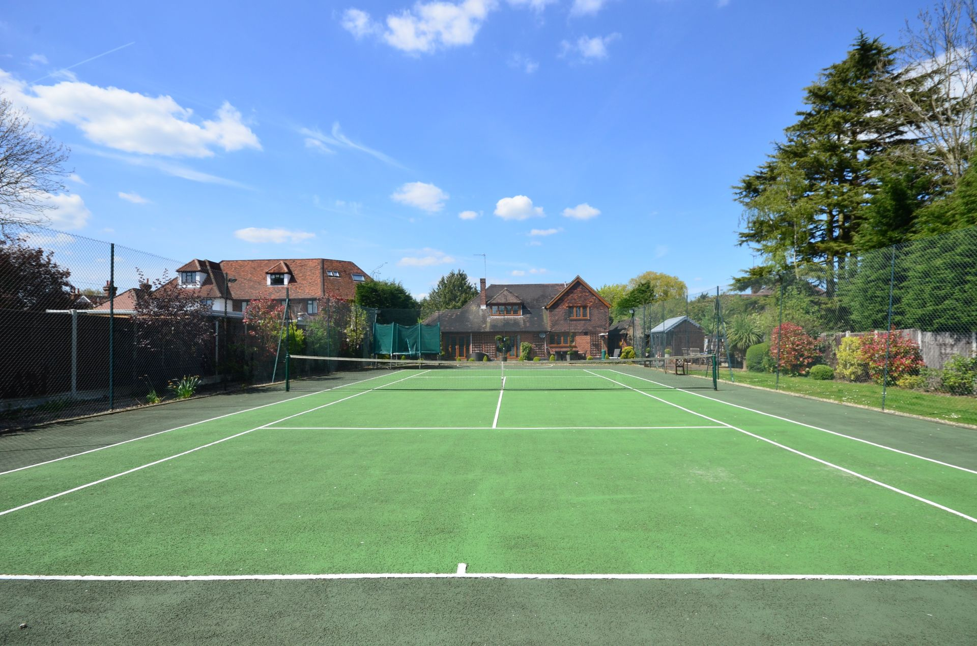 Ten grand slam homes for tennis lovers
