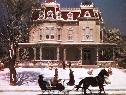 Quiz: Guess these Christmas movie homes