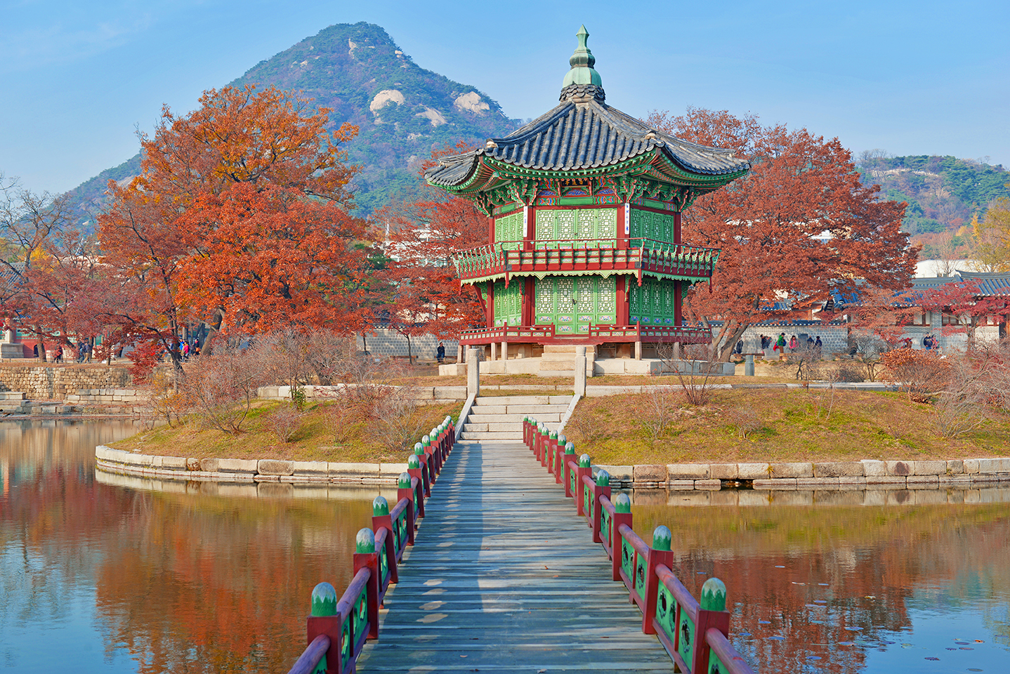 Starting Our List Is Seoul One Of The Biggest Cities In Korea Has A Vibrant Culture And Known For Its Spicy Food Equally Nightlife