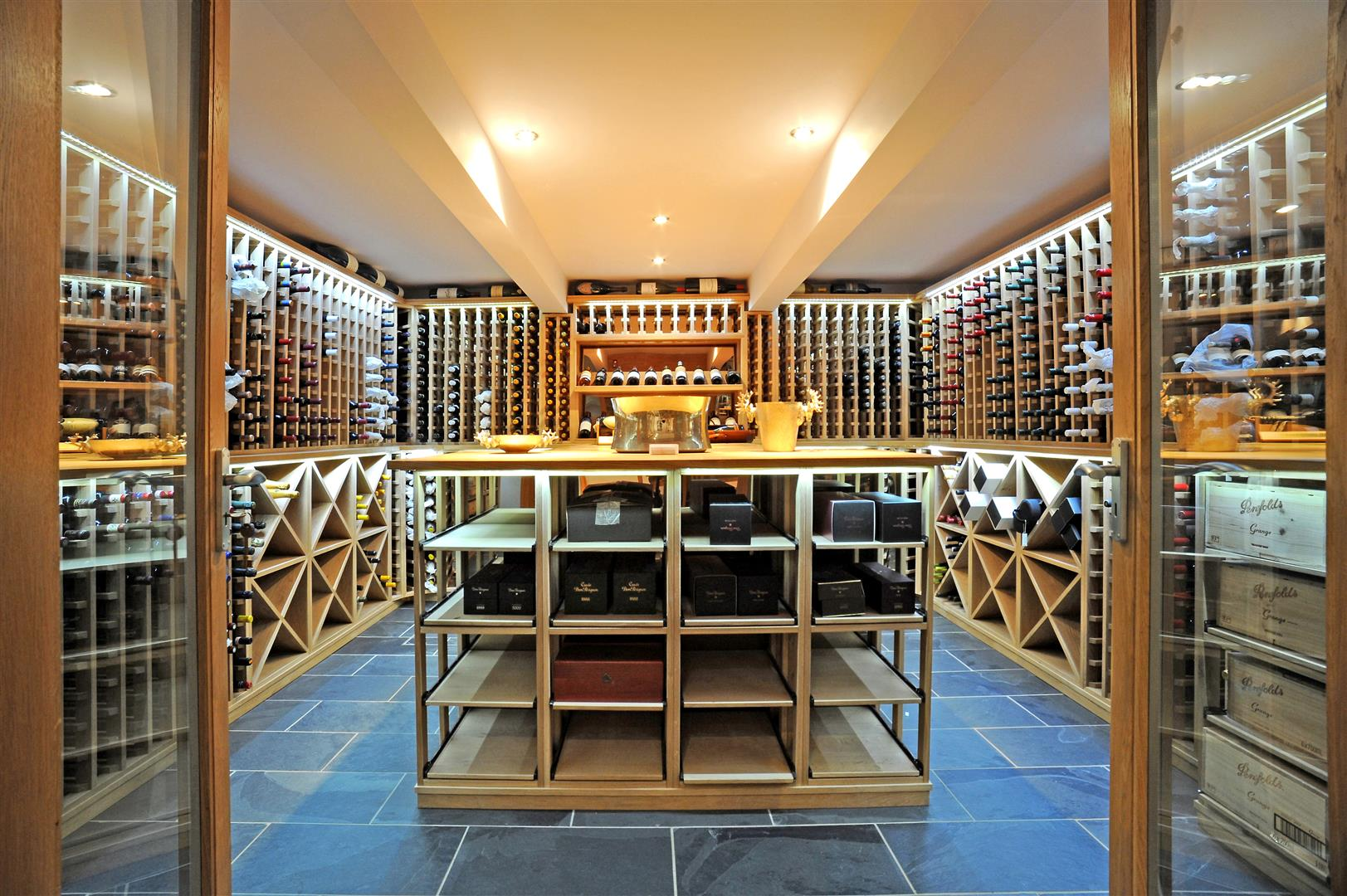 Vineyards, wine cellars pubs: Top 10 corking properties