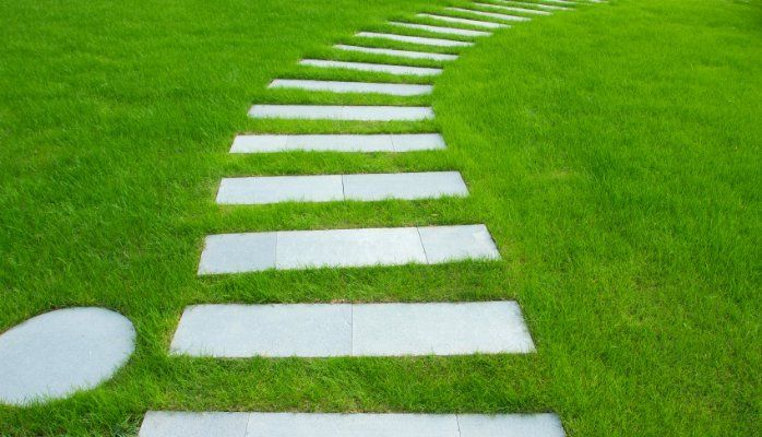 10 Ways Estate Agents will lead you down the garden path