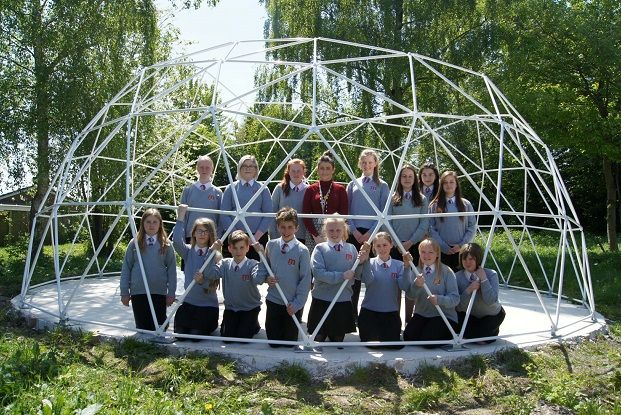 students_with_dome_frame