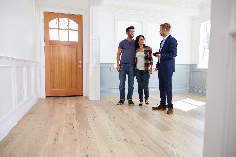 10 Vital Questions to Ask When Viewing a Property