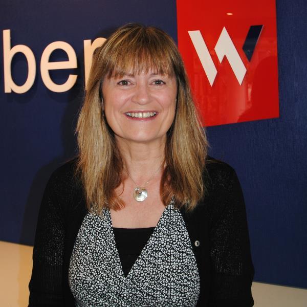Julie Snell