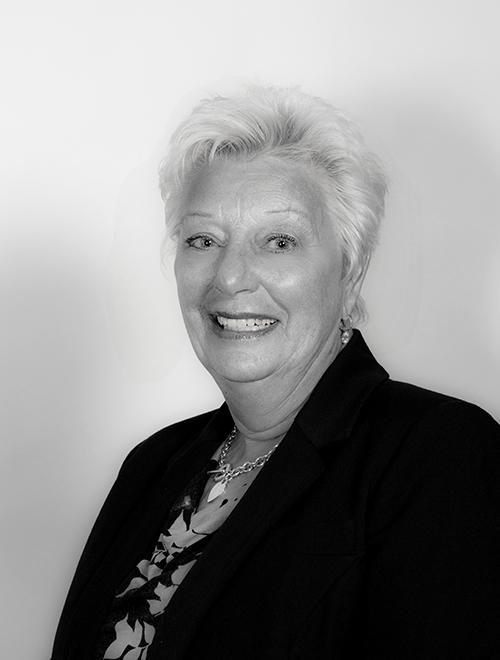 Sandra Couzins