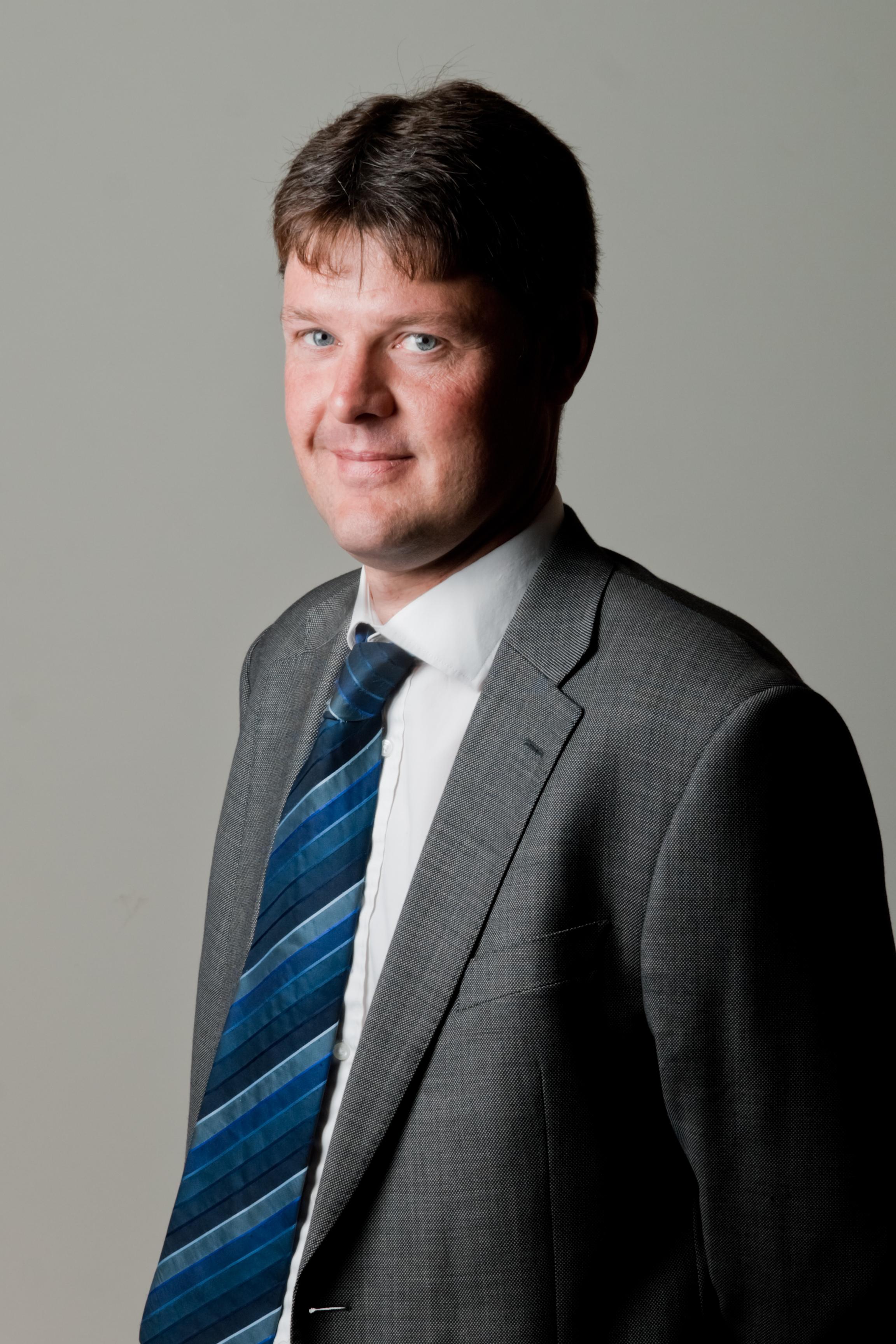Carl McWhinney (Sales)