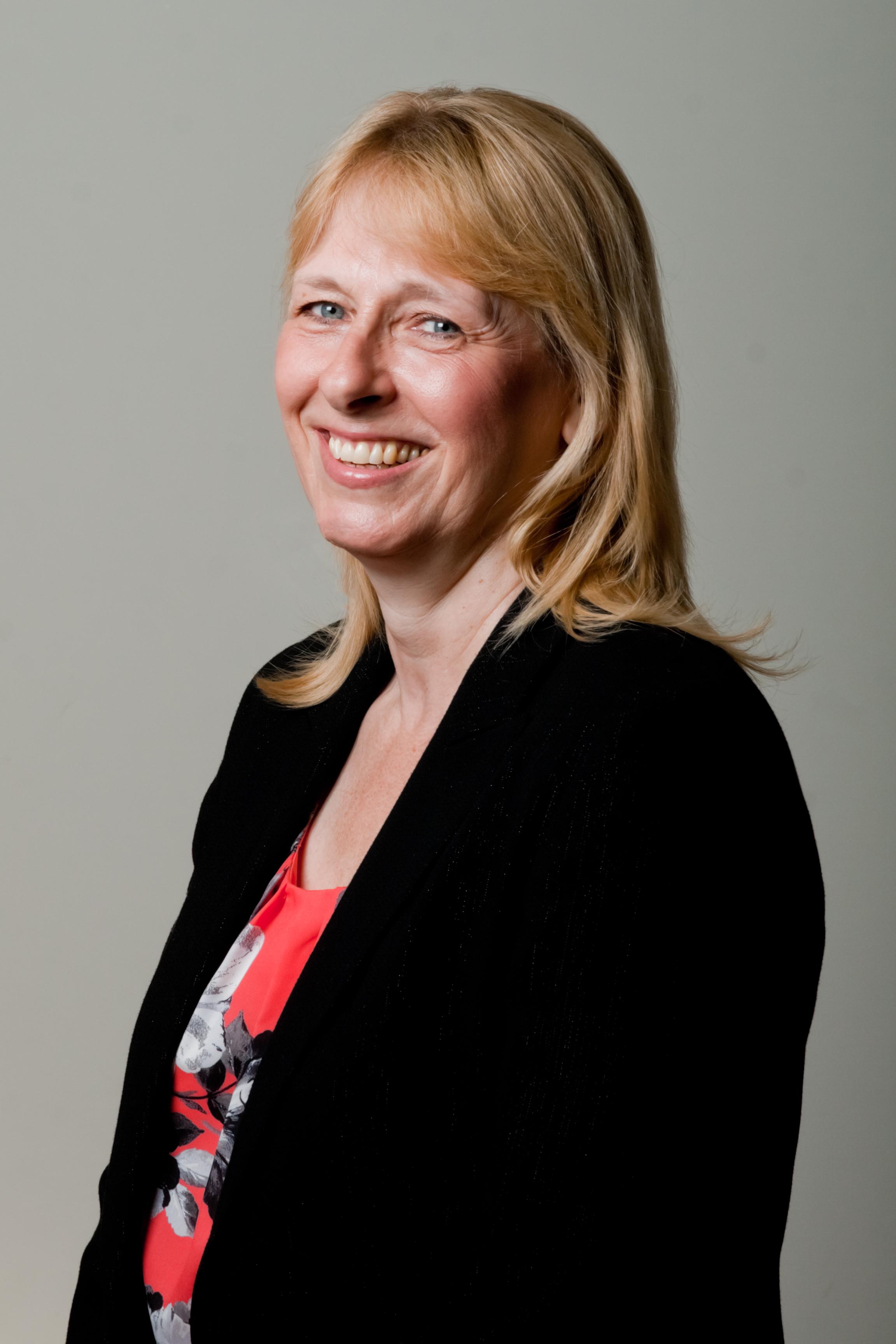 Denise Burnett (Sales)