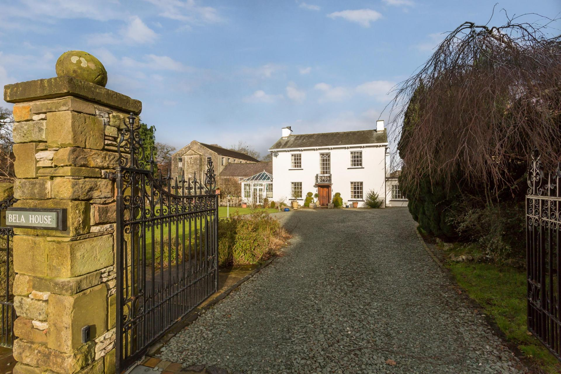 £875,000 - Milnthorpe, Cumbria - 4 bedrooms