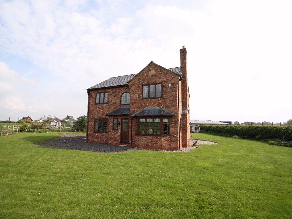 £500,000 - Norley - 4 bedrooms