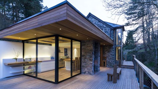 waterside_property