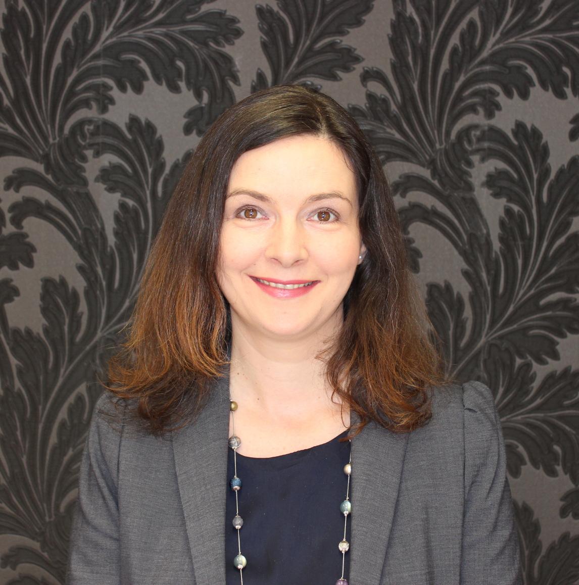 Nicola Loraine