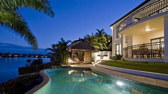 beach_&_waterside_property