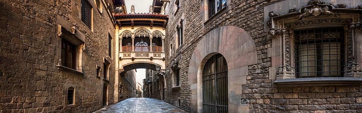 barrio-gotico-barcelona-min