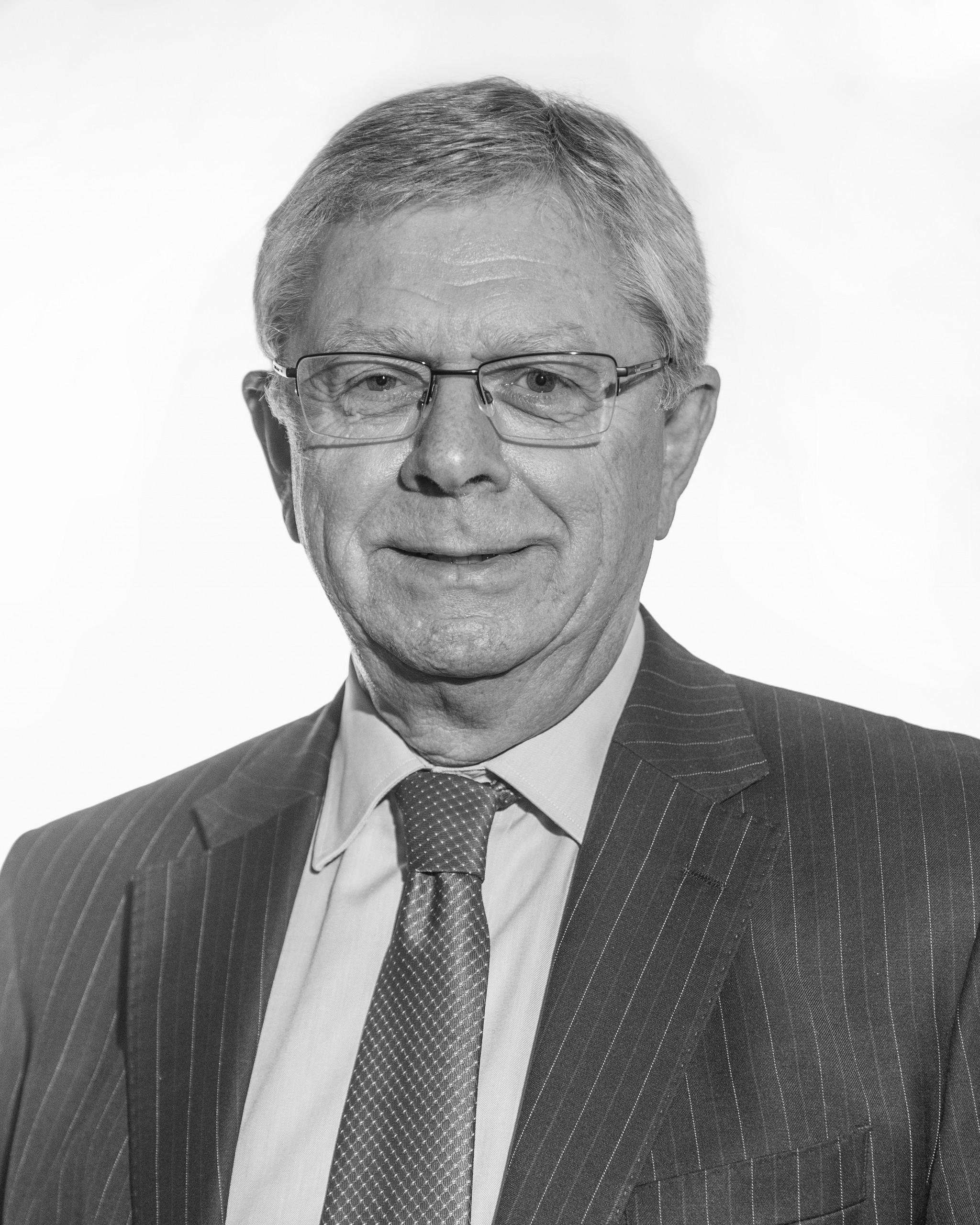 Murray Wills