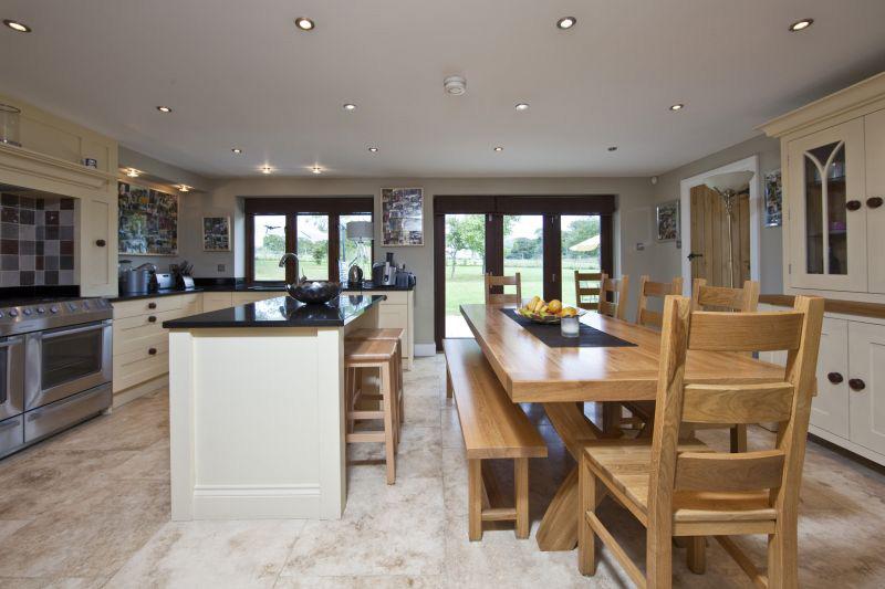 Home_Farm_Cottage_-_Kitchen_low_res